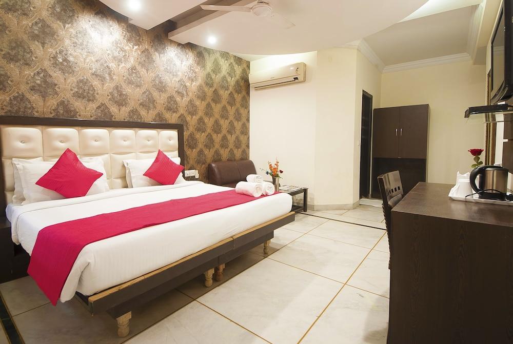 호텔 아프라 인터내셔널(Hotel Apra International) Hotel Image 66 - Guestroom View