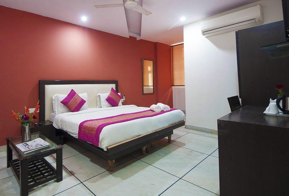 호텔 아프라 인터내셔널(Hotel Apra International) Hotel Image 42 - Bathroom
