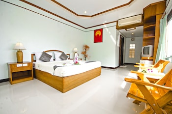 Deluxe Room A/C (1 Double Bed)