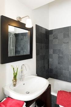 Isola Apartments Milan - Bathroom  - #0