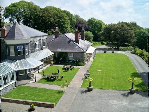 . Broadway Country House Hotel
