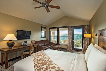 Junior Suite, 1 King Bed (Canyon View)