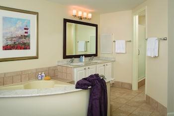 Bathroom at Marriott's Heritage Club in Hilton Head Island