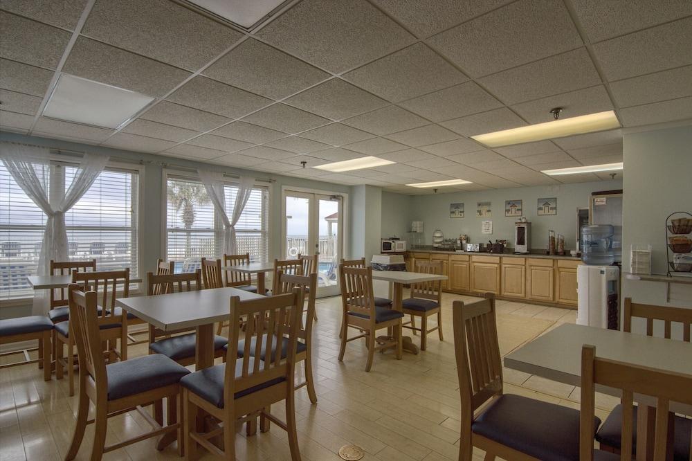아일랜더 인(The Islander Inn) Hotel Image 44 - Breakfast Area