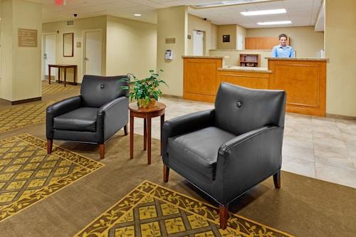 . Candlewood Suites HAZLETON, an IHG Hotel