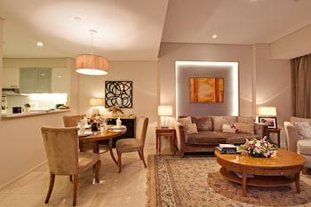 Oakwood Premier Joy Nostalg Center Manila Living Area