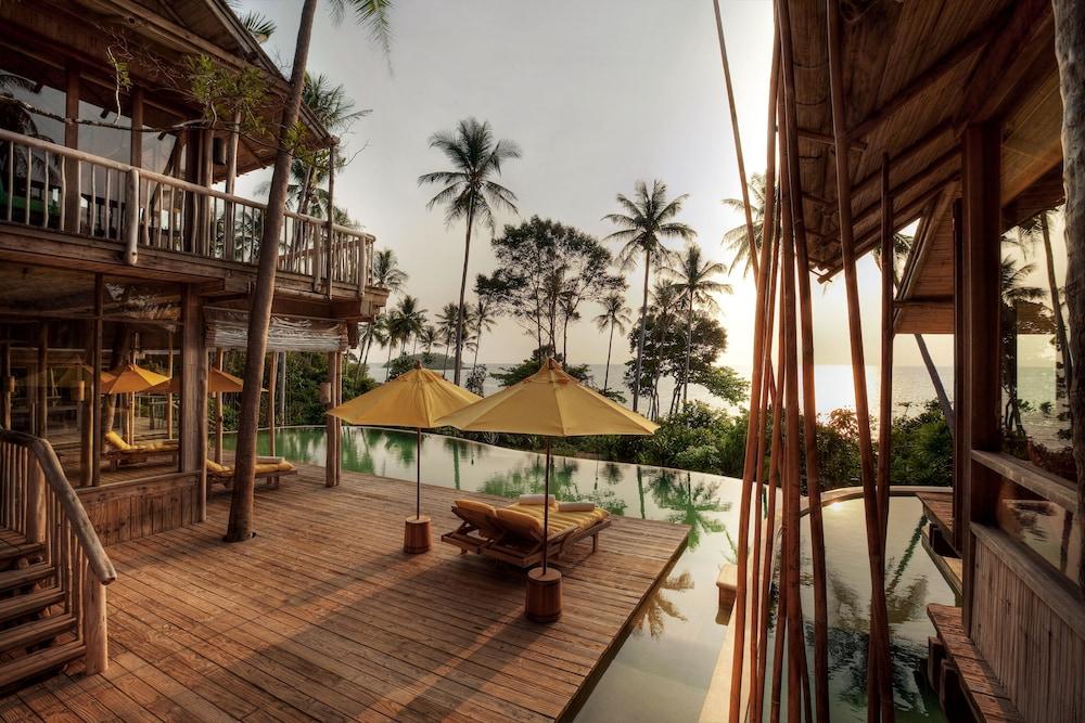 https://i.travelapi.com/hotels/3000000/2710000/2700100/2700059/8454f4fc_z.jpg