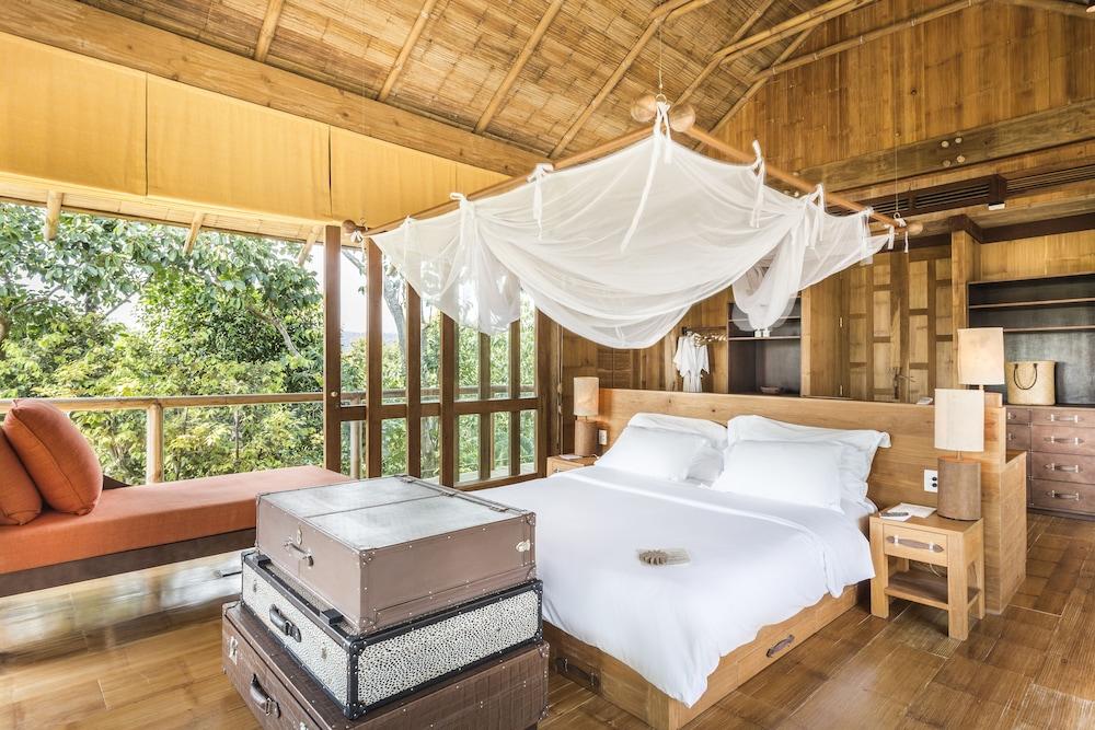 https://i.travelapi.com/hotels/3000000/2710000/2700100/2700059/9678a443_z.jpg