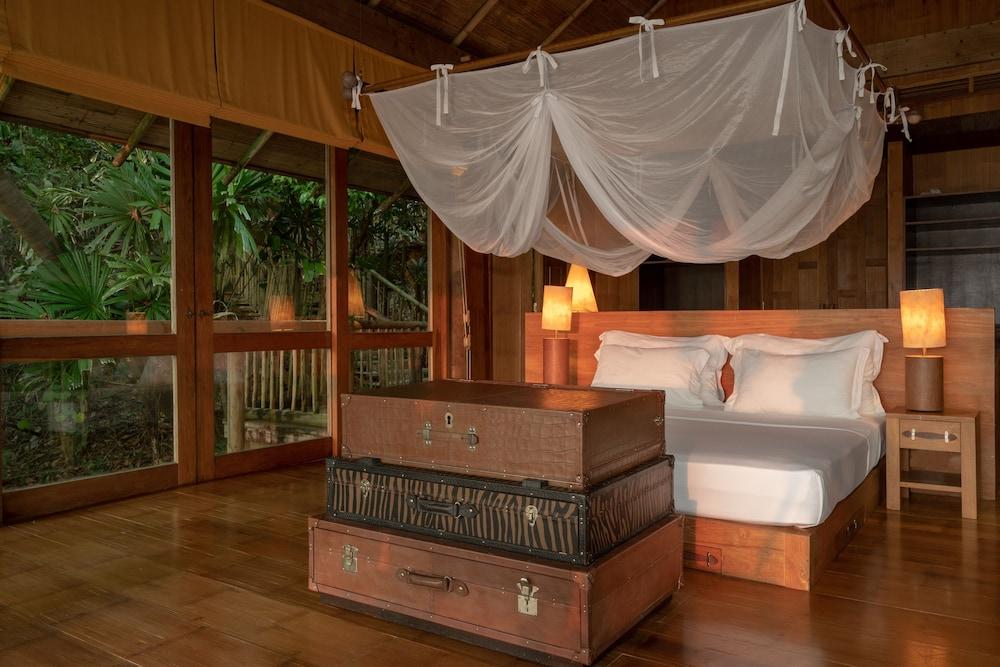 https://i.travelapi.com/hotels/3000000/2710000/2700100/2700059/f3d275d0_z.jpg