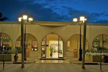 Hotel - Dhafra Beach Hotel