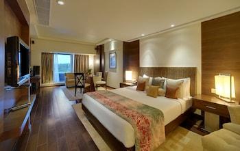 Vivanta Suite City View Queen Bed