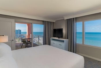 Suite, 2 Bedrooms, Balcony (Gulffront)