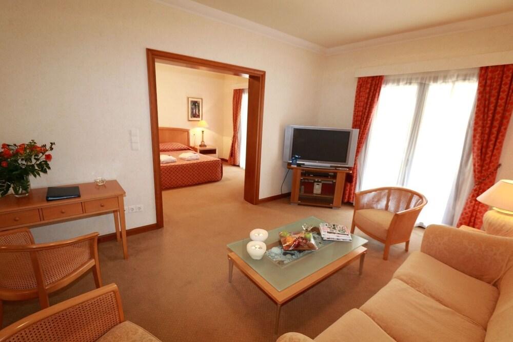 악스 애너벨 비치 리조트(Annabelle Beach Resort - All Inclusive) Hotel Image 24 - Living Area