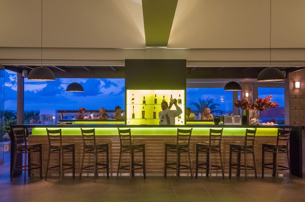 악스 애너벨 비치 리조트(Annabelle Beach Resort - All Inclusive) Hotel Image 59 - Hotel Bar