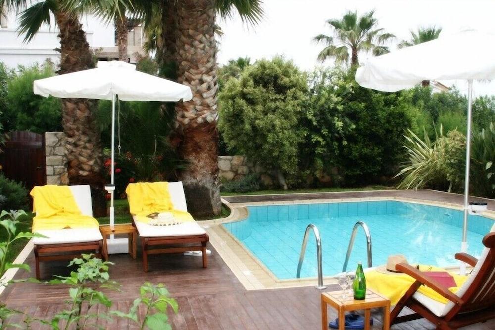 악스 애너벨 비치 리조트(Annabelle Beach Resort - All Inclusive) Hotel Image 31 - Terrace/Patio