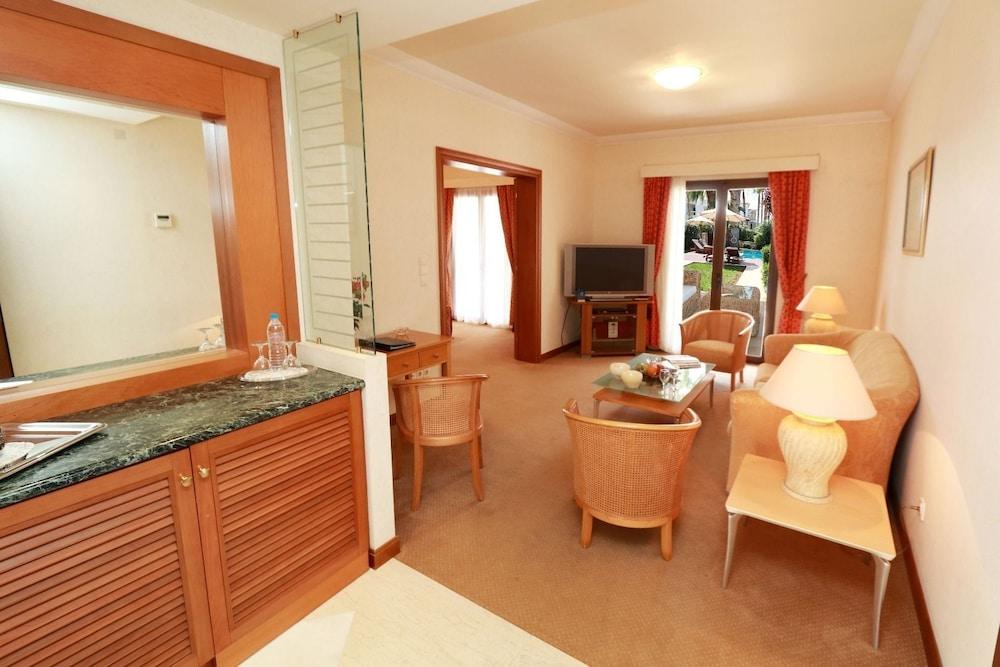 악스 애너벨 비치 리조트(Annabelle Beach Resort - All Inclusive) Hotel Image 26 - Living Area