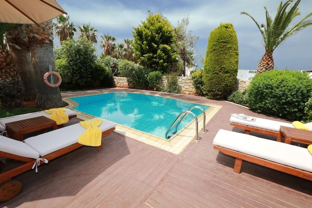 악스 애너벨 비치 리조트(Annabelle Beach Resort - All Inclusive) Hotel Image 35 - Terrace/Patio