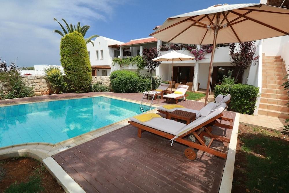 악스 애너벨 비치 리조트(Annabelle Beach Resort - All Inclusive) Hotel Image 36 - Terrace/Patio