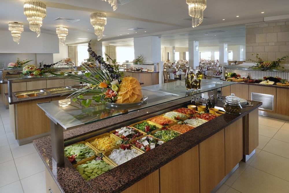 악스 애너벨 비치 리조트(Annabelle Beach Resort - All Inclusive) Hotel Image 57 - Restaurant