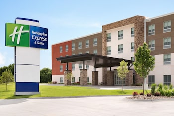 Holiday Inn Express & Suites Clear Spring photo