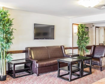 Raleigh Vacations - Quality Inn Raleigh - Property Image 1