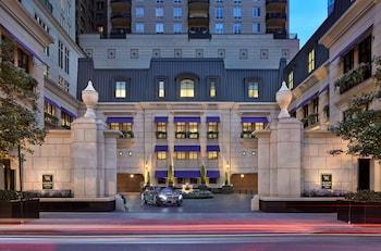 芝加哥華爾道夫飯店 Waldorf Astoria Chicago