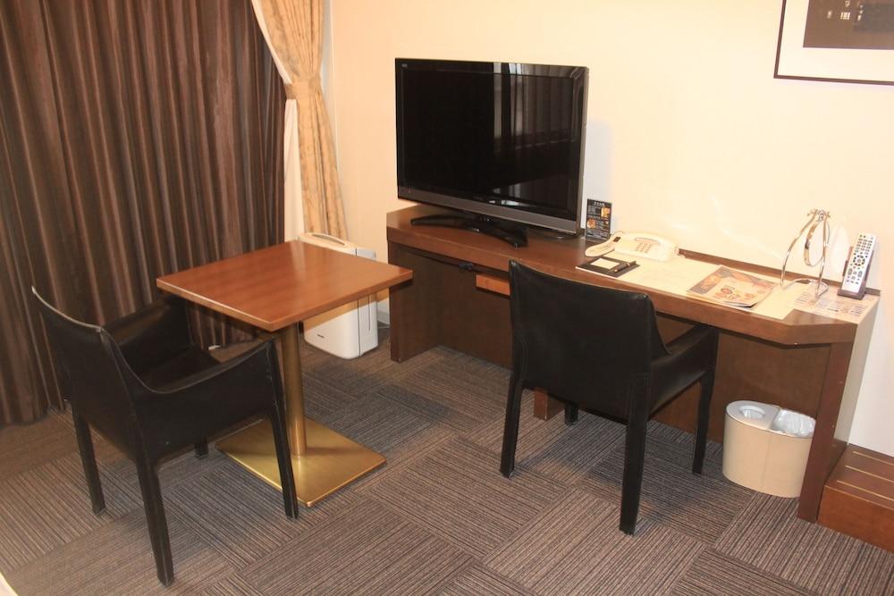 도미 인 가나자와 내추럴 핫 스프링(Dormy Inn Kanazawa Natural Hot Spring) Hotel Image 11 - Guestroom