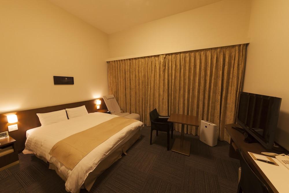 도미 인 가나자와 내추럴 핫 스프링(Dormy Inn Kanazawa Natural Hot Spring) Hotel Image 26 - Guestroom