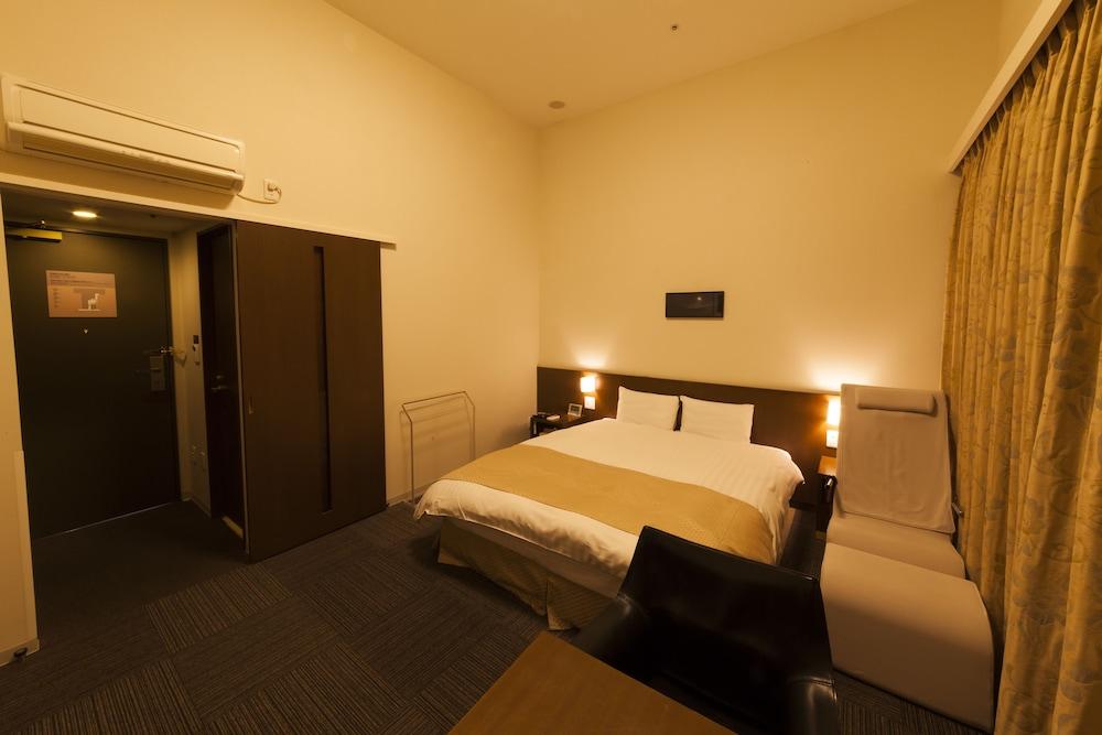 도미 인 가나자와 내추럴 핫 스프링(Dormy Inn Kanazawa Natural Hot Spring) Hotel Image 58 - Guestroom