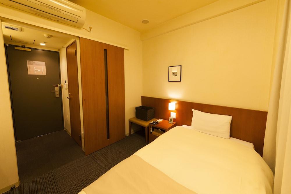 도미 인 가나자와 내추럴 핫 스프링(Dormy Inn Kanazawa Natural Hot Spring) Hotel Image 30 - Guestroom