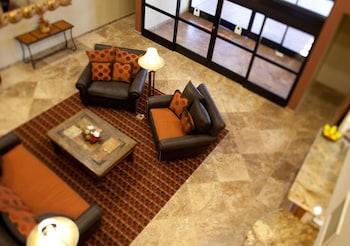 貝斯特韋斯特傳統套房飯店 Best Western Legacy Inn & Suites