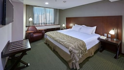 Deluxe Suite, 1 King Bed