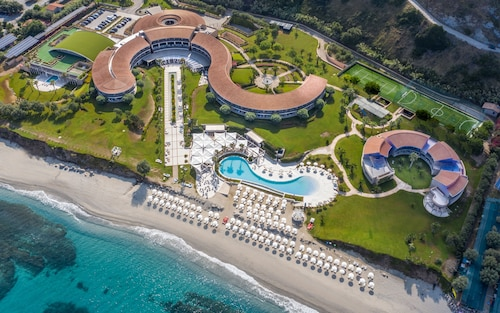 __{offers.Best_flights}__ Capovaticano Resort Thalasso Spa - MGallery Hotel Collection