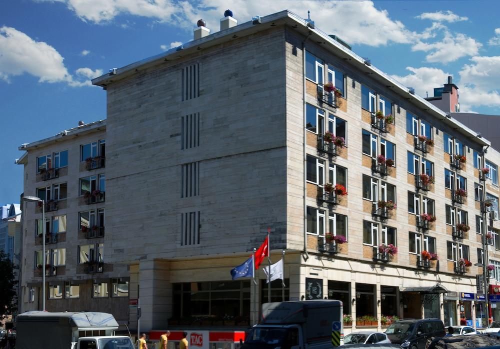 Hotel Buyuk Keban, Featured Image