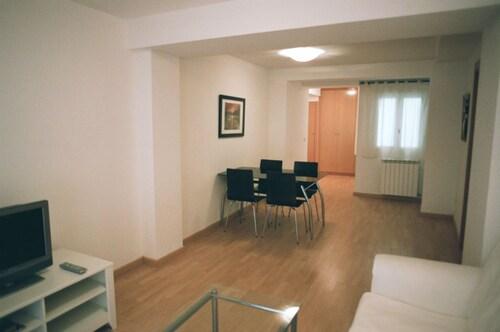 Apartamentos Auhabitat Zaragoza, Zaragoza