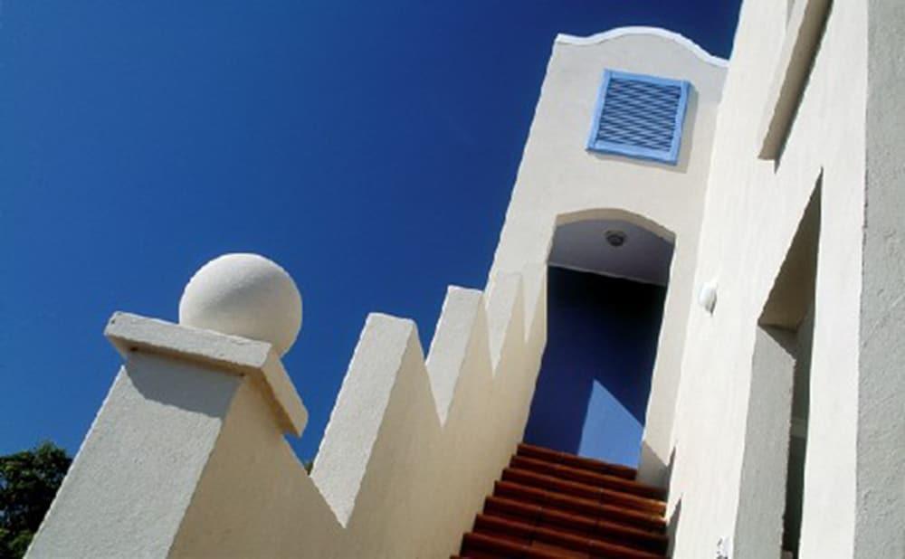 더 포인트 쿨럼 비치(The Point Coolum Beach) Hotel Image 100 - Exterior detail