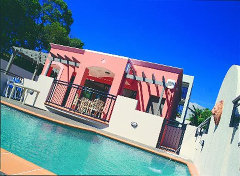 더 포인트 쿨럼 비치(The Point Coolum Beach) Hotel Image 83 - Outdoor Pool