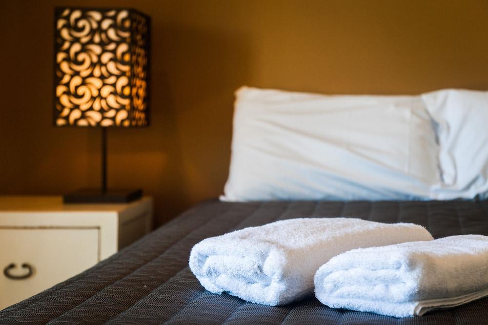 더 포인트 쿨럼 비치(The Point Coolum Beach) Hotel Image 63 - In-Room Amenity