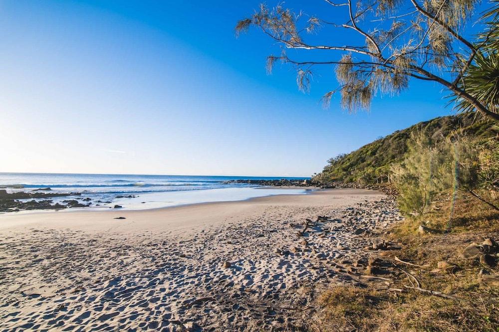 더 포인트 쿨럼 비치(The Point Coolum Beach) Hotel Image 96 - Beach