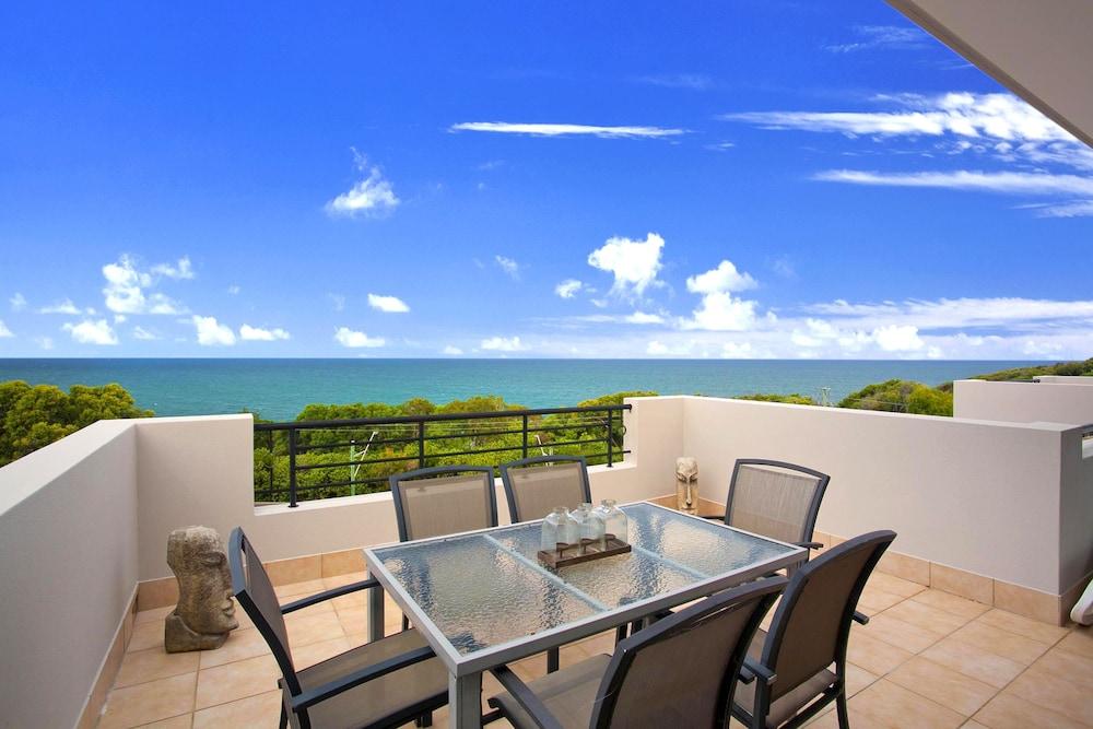 더 포인트 쿨럼 비치(The Point Coolum Beach) Hotel Image 66 - Guestroom View