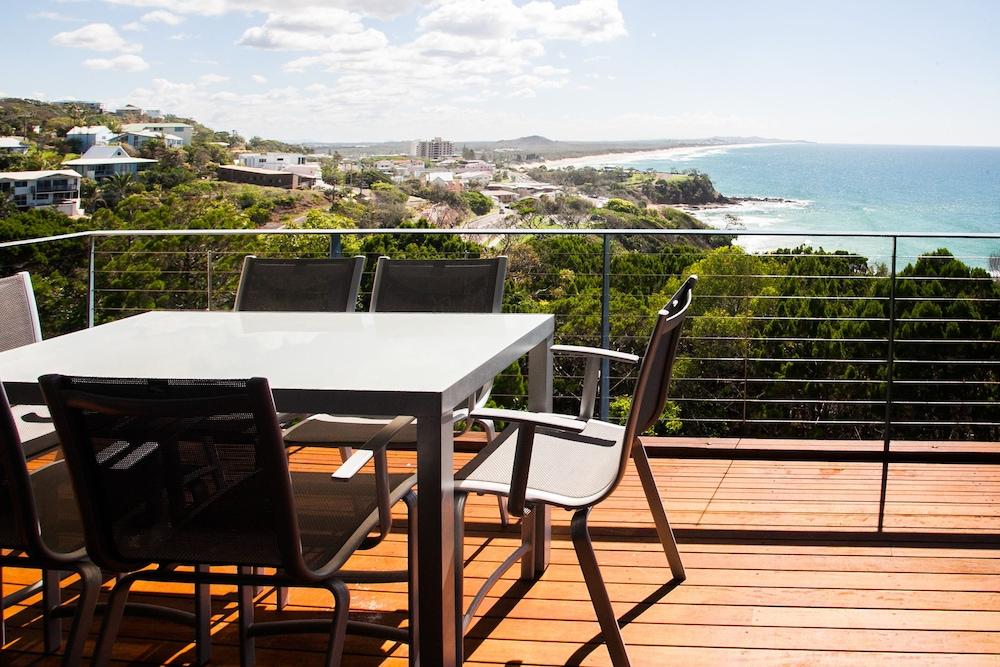 더 포인트 쿨럼 비치(The Point Coolum Beach) Hotel Image 54 - Balcony