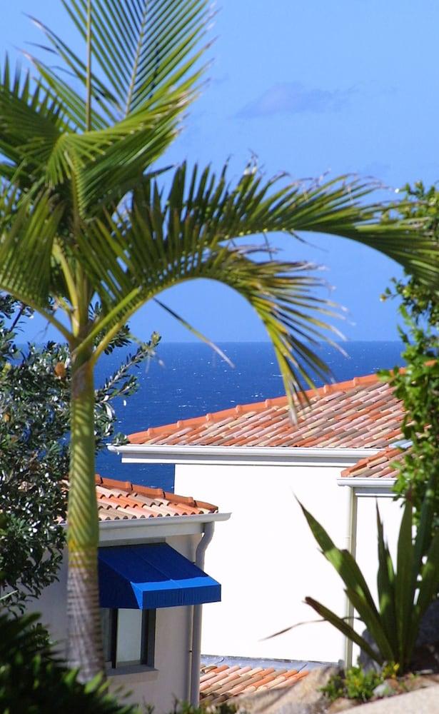 더 포인트 쿨럼 비치(The Point Coolum Beach) Hotel Image 108 - View from Hotel