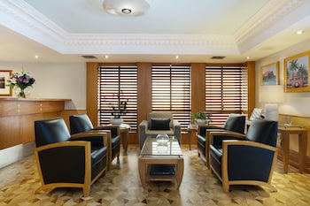 Lobby Sitting Area at Coogee Bay Hotel - Boutique in Coogee