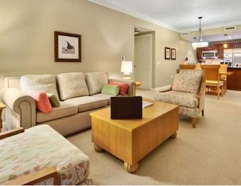 Suite, 1 Bedroom (Property Development View)