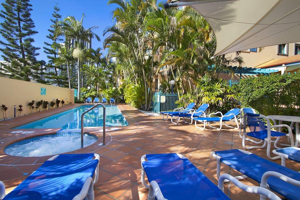 Aruba Surf Resort