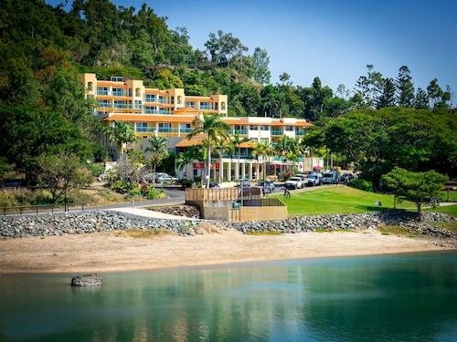 . Shingley Beach Resort