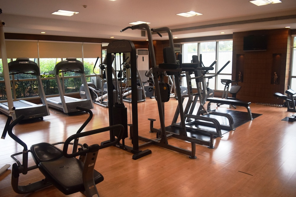 클락스 엑소티카 컨벤션, 리조트 & 스파(Clarks Exotica Convention, Resort & Spa) Hotel Image 60 - Gym