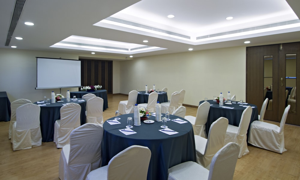 클락스 엑소티카 컨벤션, 리조트 & 스파(Clarks Exotica Convention, Resort & Spa) Hotel Image 101 - Banquet Hall