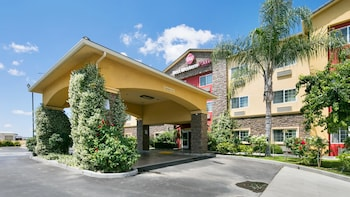Best Western Plus Wasco Inn & ..