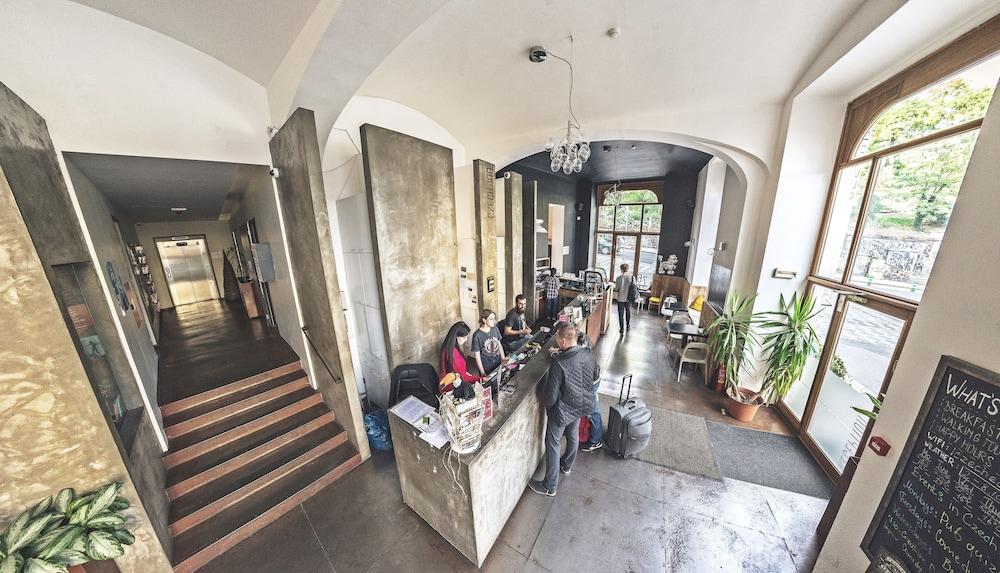 チェコ イン